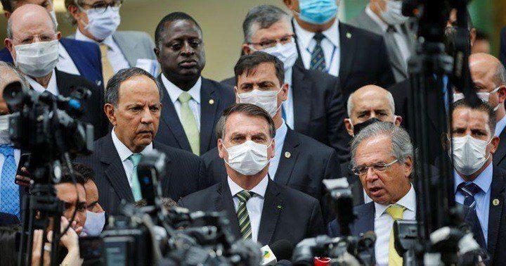 Bolsonaro y Guedes advierten que la economía de Brasil está al ...