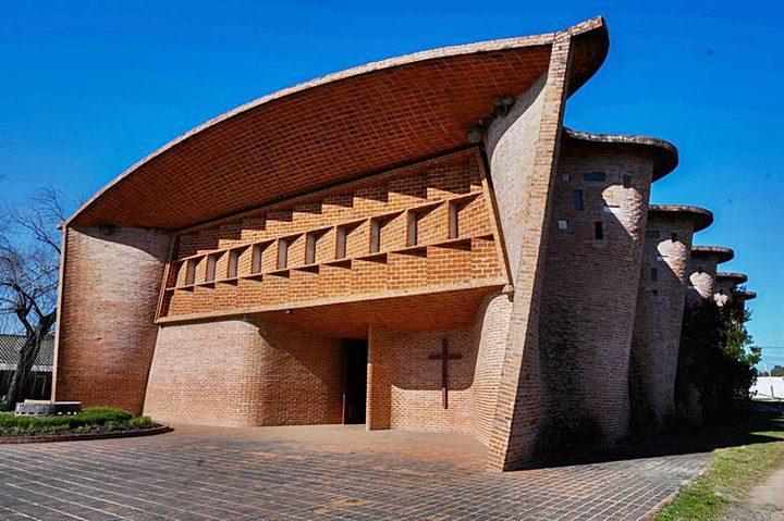la iglesia de Estación Atlántida (Uruguay)