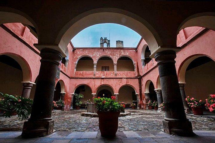 El monasterio y la catedral de Nuestra Señora de la Asunción de Tlaxcala (México).
